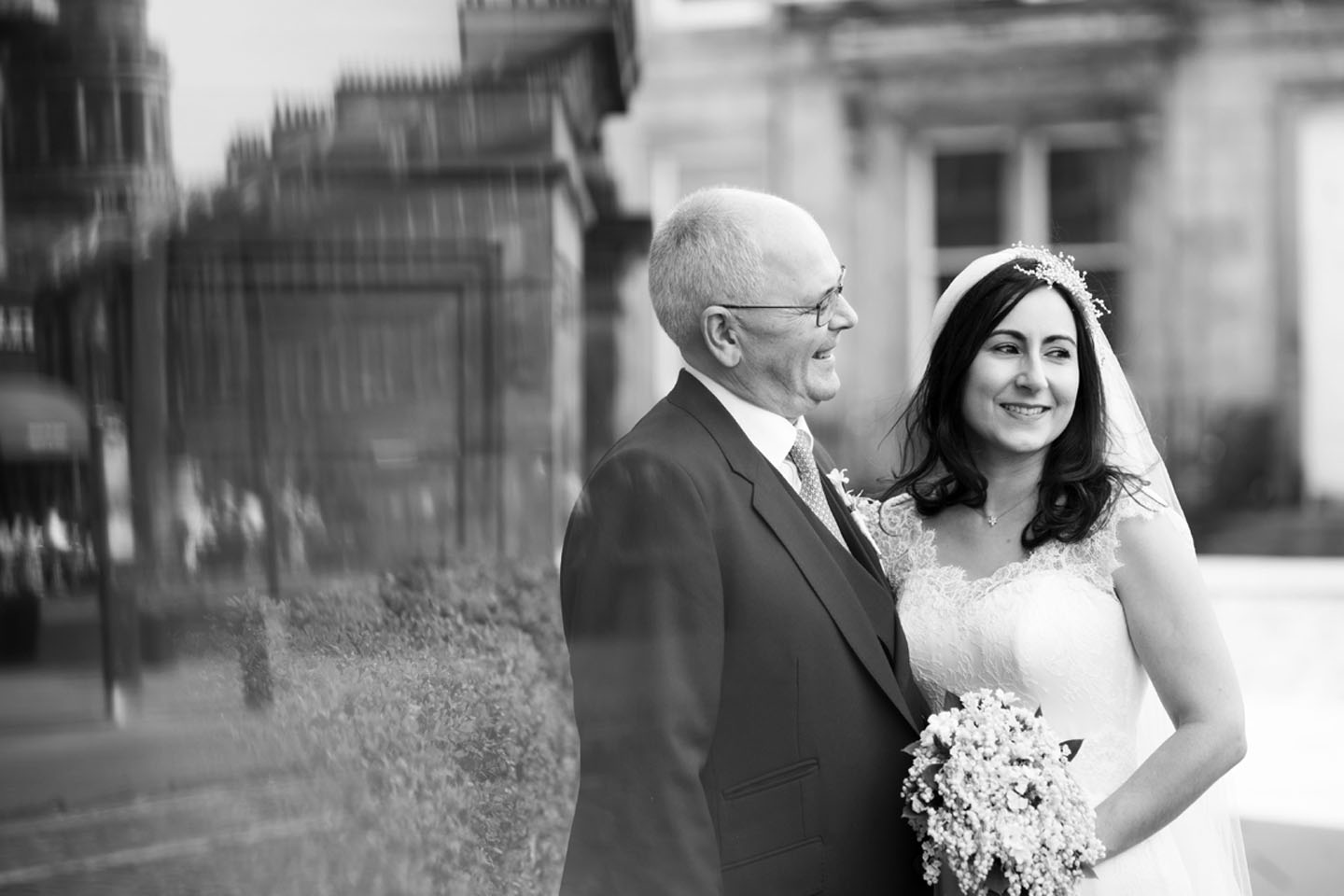 Real Wedding Stories | Edinburgh Wedding Inspiration from Carolyn and Andrew | The Foil Invite Company Blog